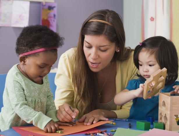 Creche no ambiente de trabalho dá mais segurança e tranquilidade para os pais no dia a dia Foto: Getty Images