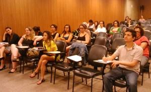dialogo feminista_imigrante defensoria_plateia_GessicaBrandino
