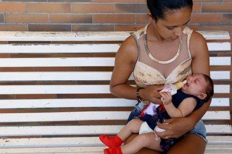 Bebes commicrocefalia sofrem com choro incontrolavel convulsoes e irritacao R7 foto contéudo estadão