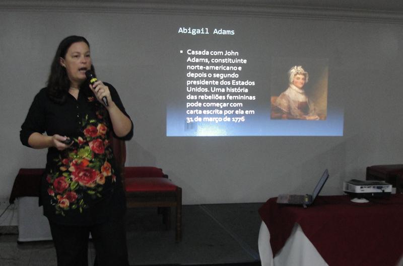 Adriana Mota (crédito: Géssica Brandino).