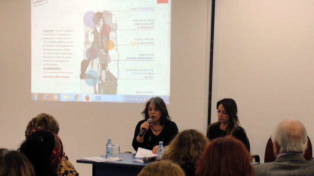 Jacira Melo, diretora do Instituto Patrícia Galvão, fala do papel da mídia para o enfrentamento ao feminicídio (Fotos: Luciana Araújo)